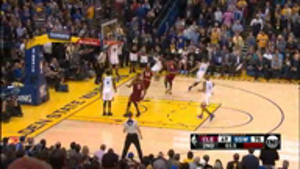POTD - Curry's buzzer beating three