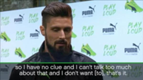 Giroud coy on Payet situation