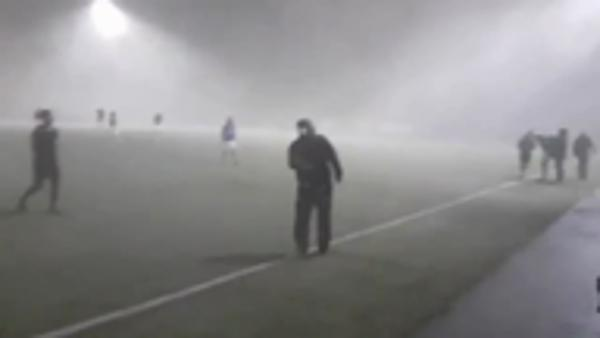 Wind plays havoc in Iceland league