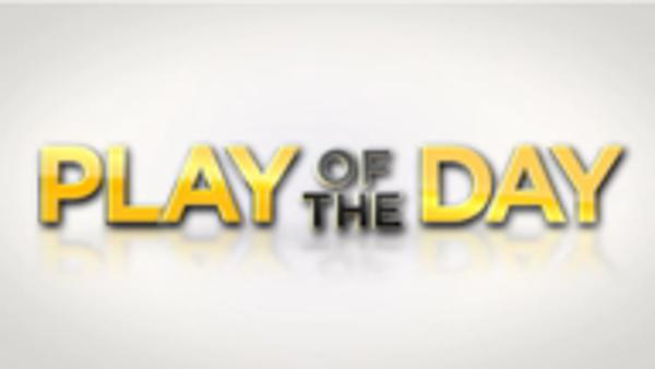 Play of the day: Monfils' flamboyant winner